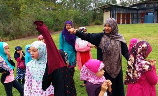Darul Uloom Madrasah Excursion 2013
